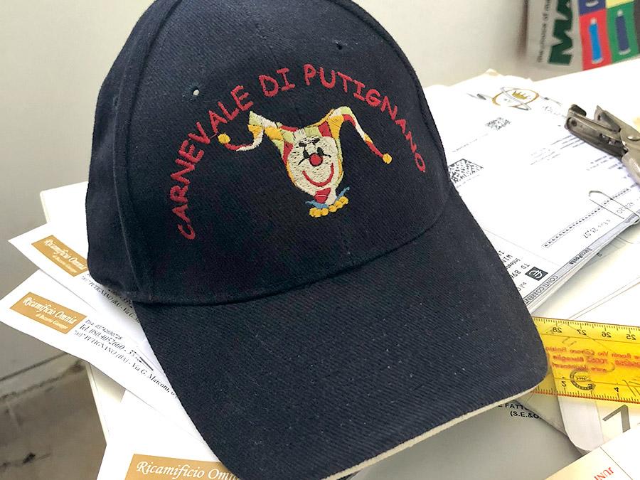 ricami su cappellini ricamificio omnia